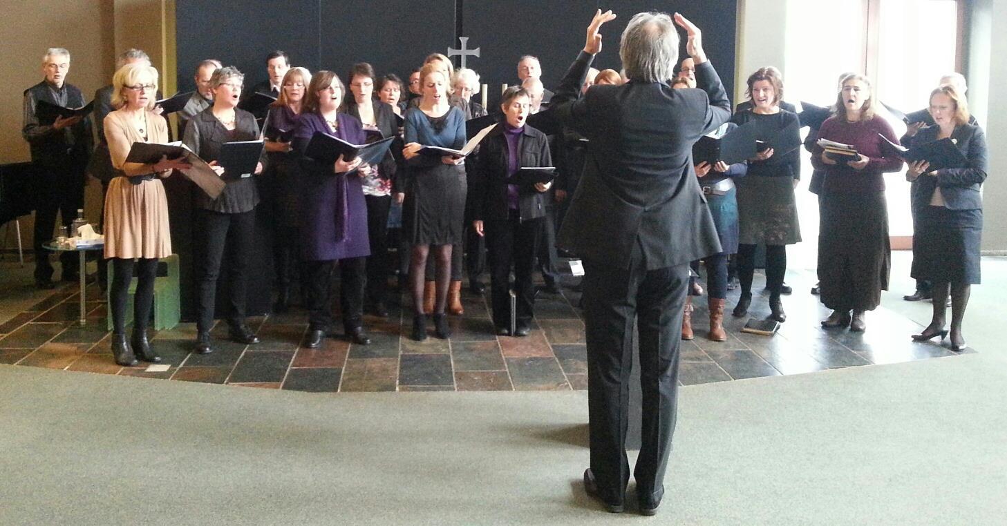 Het Bachkoor Brabant bij het optreden voor Zuylen Uitvaartverzorging in januari 2013