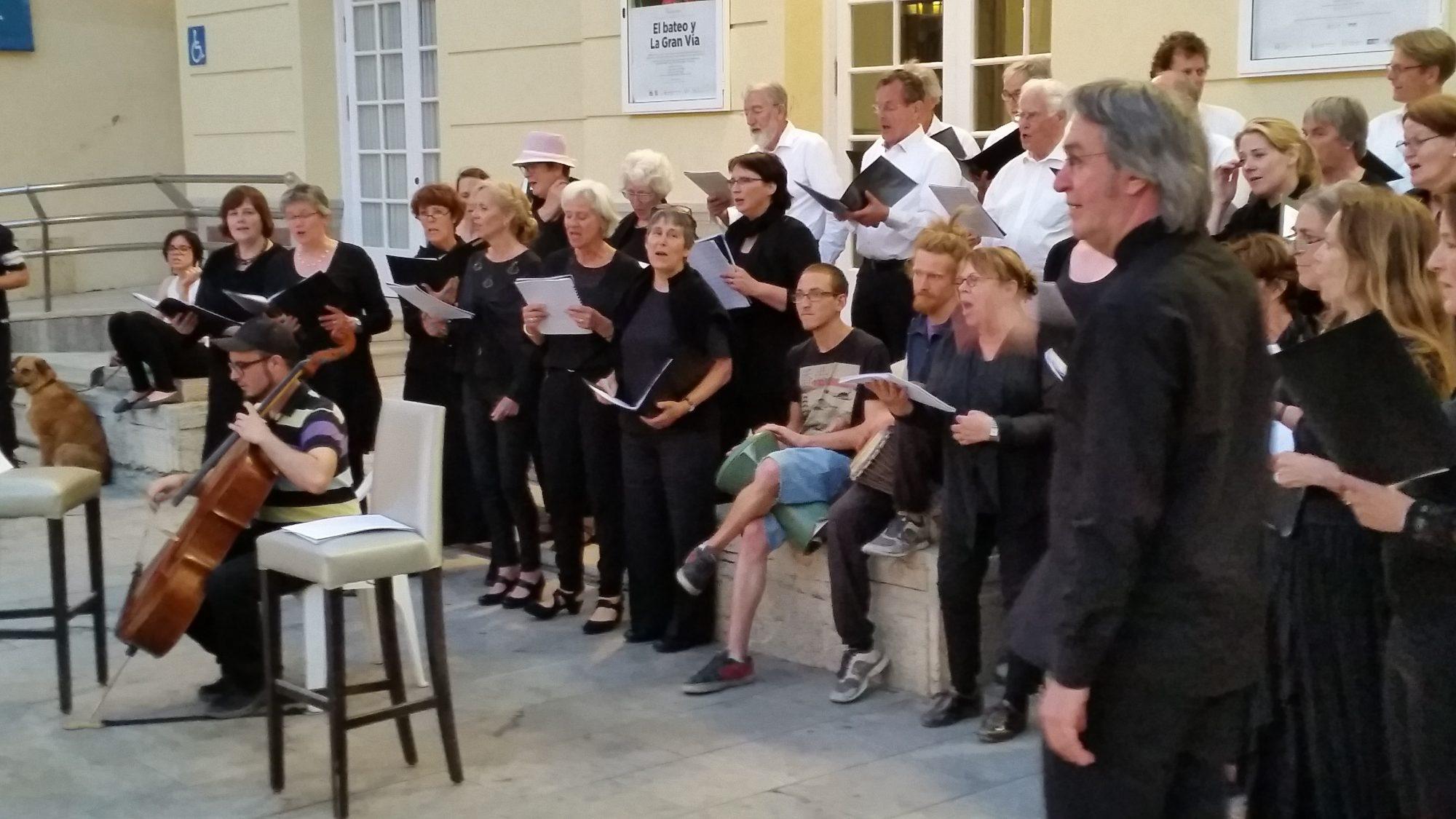 Optreden Bachkoor Brabant bij theater Cervante in Malaga