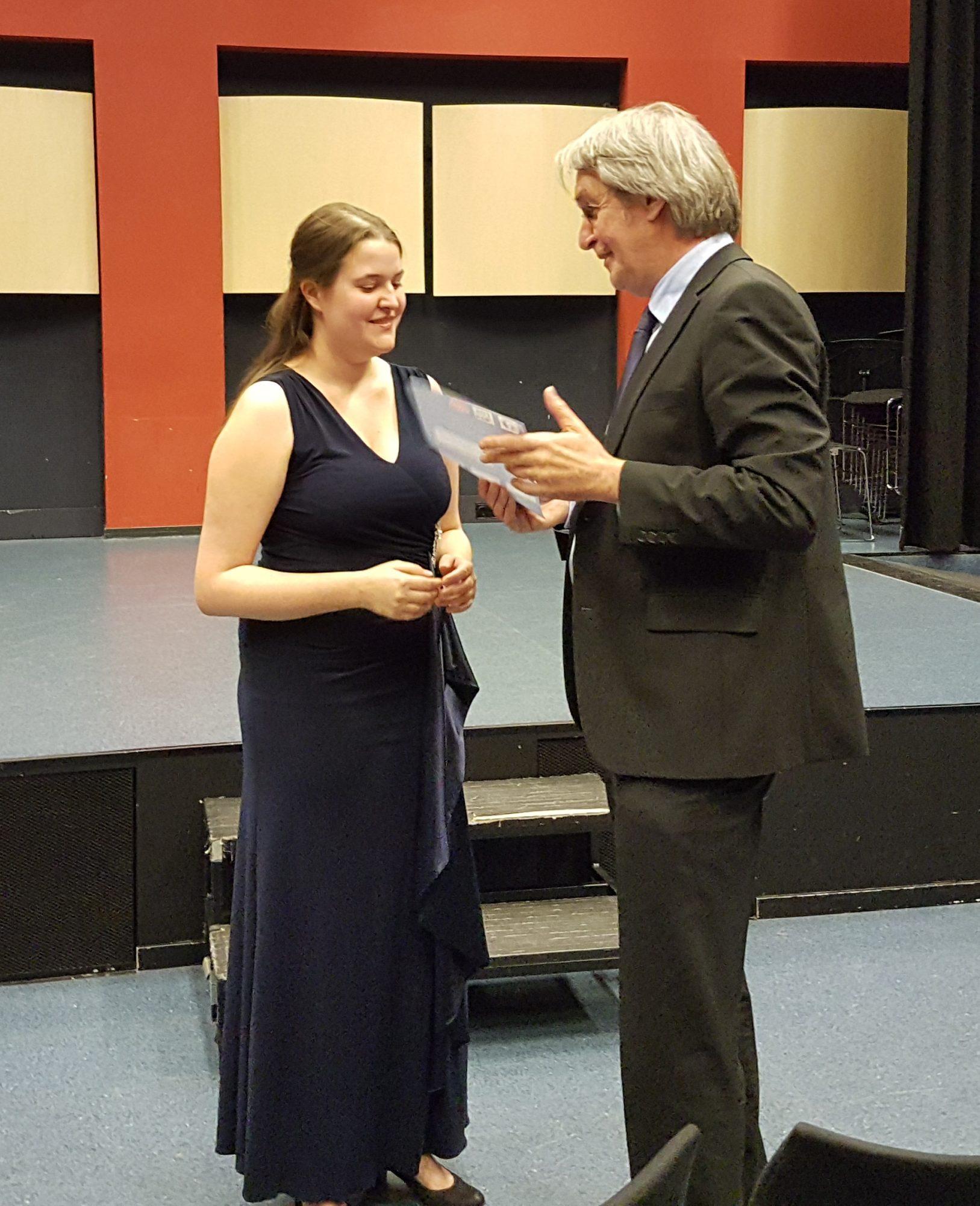 Winnaar van het concours Enide Lebrocquy - Sopraan met Geert van den Dungen